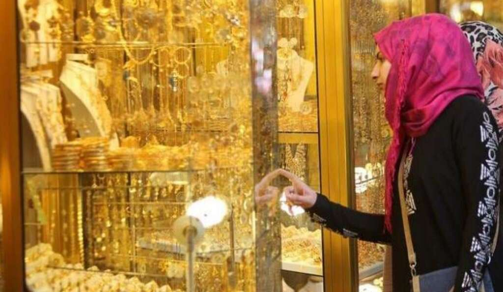 Gold fears no fire: Is it right time to buy gold amid bullish outlook?