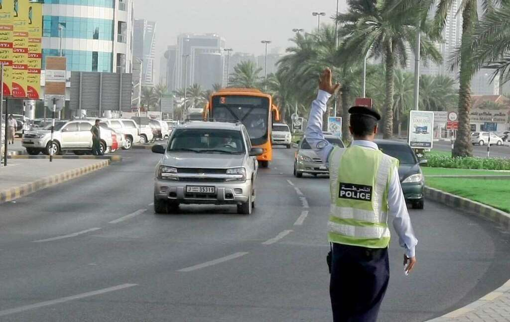 The special patrols will control and monitor traffic movements near markets and shopping malls to prevent congestion.
