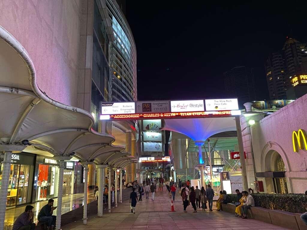 Mumbai bets on all-night shopping to lift Indias economy