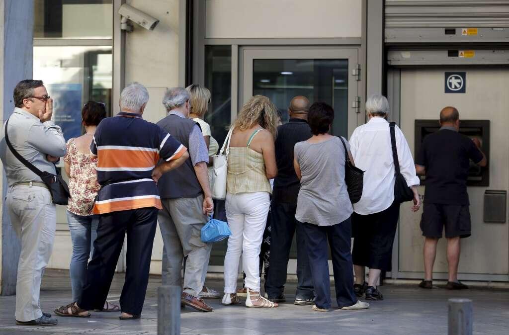 Greek banks face closures