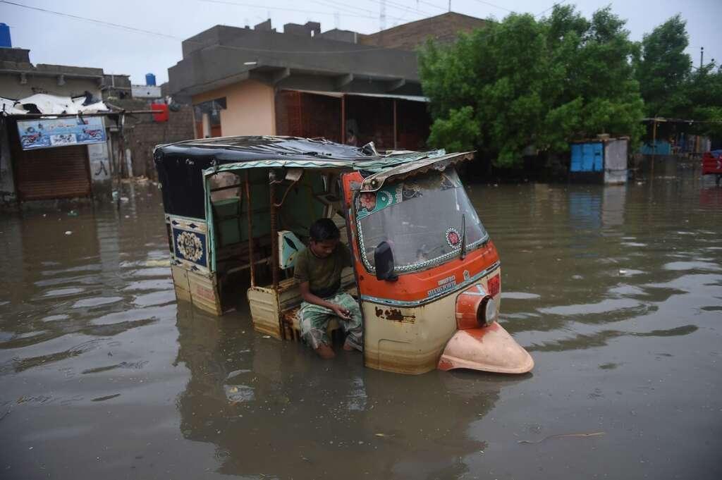 Pakistan flood, army help