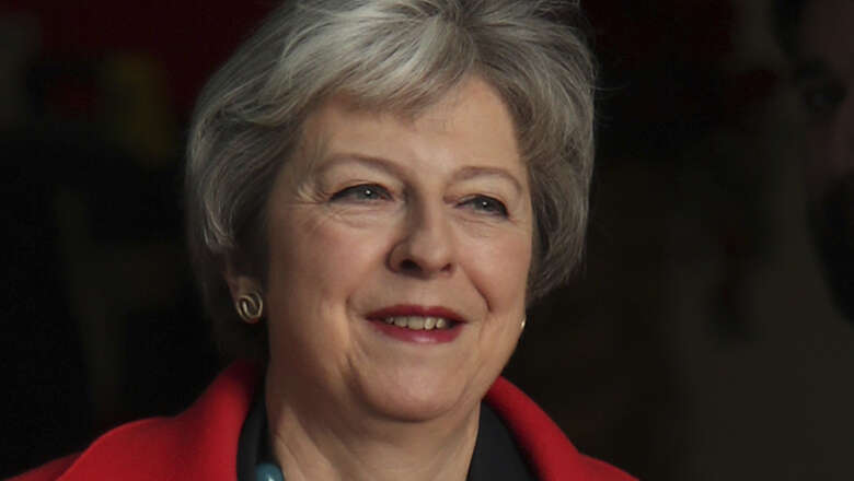 May: UK will be in 'uncharted territory' if her plan is nixed