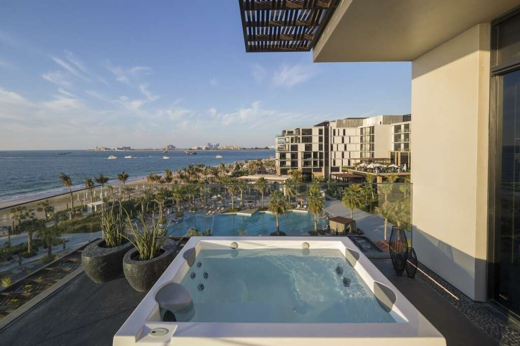 5 best UAE staycation deals for the summer (https://images.khaleejtimes.com/storyimage/KT/20200620/ARTICLE/200629943/H5/0/H5-200629943.jpg&MaxW=300&NCS_modified=20200705074029