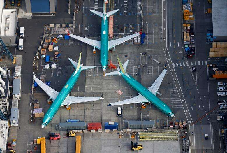 Boeing delays plans for record 737 production