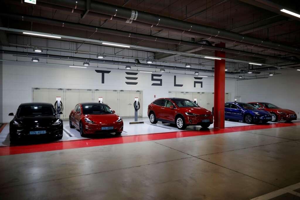 tesls, electric car, children in hot cars, motion sensing