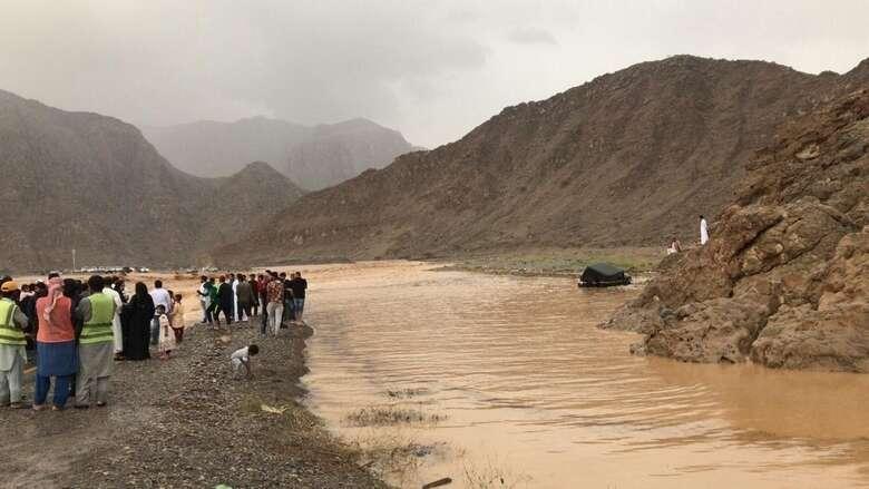landslides, heavy rain, uae, blamed, higher level roads, uae, ras al khaimah, heavy rain