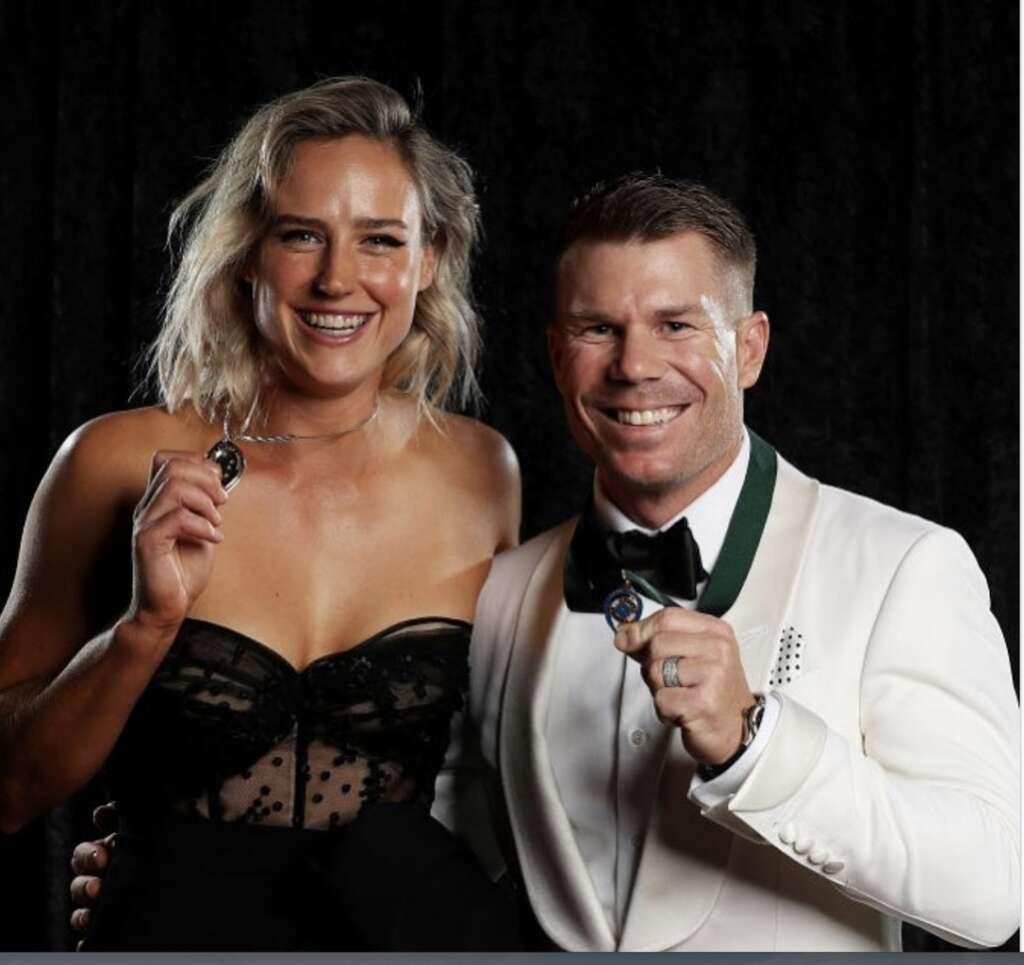 Warner edges Smith for top Australian award