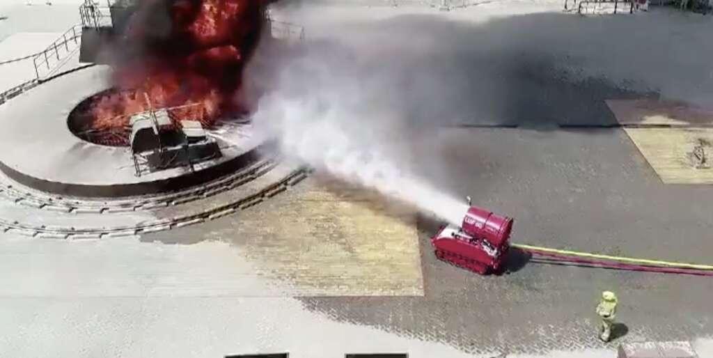 abu dhabi police, fire, firefighter, firefighting, robot, new robot, fire, uae fire