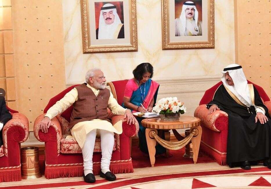 Indias PM Narendra Modi, Bahrain, first-ever, Prince Shaikh Khalifa bin Salman Al Khalifa, King of Bahrain,
