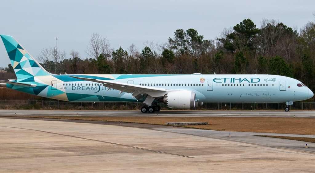 Greenliner, Abu Dhabi airport, Boeing 787 Dreamliner