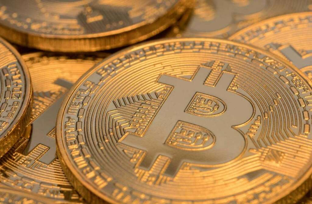 Central Bank of the UAE, UAE Central Bank, does not, approve, private, cryptocurrencies,