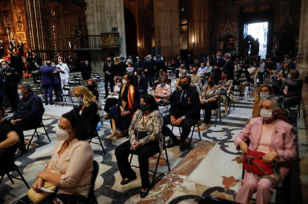 Hundreds, mourn, dead, funeral mass, Seville Cathedral, Spain, coronavirus, Covid-19
