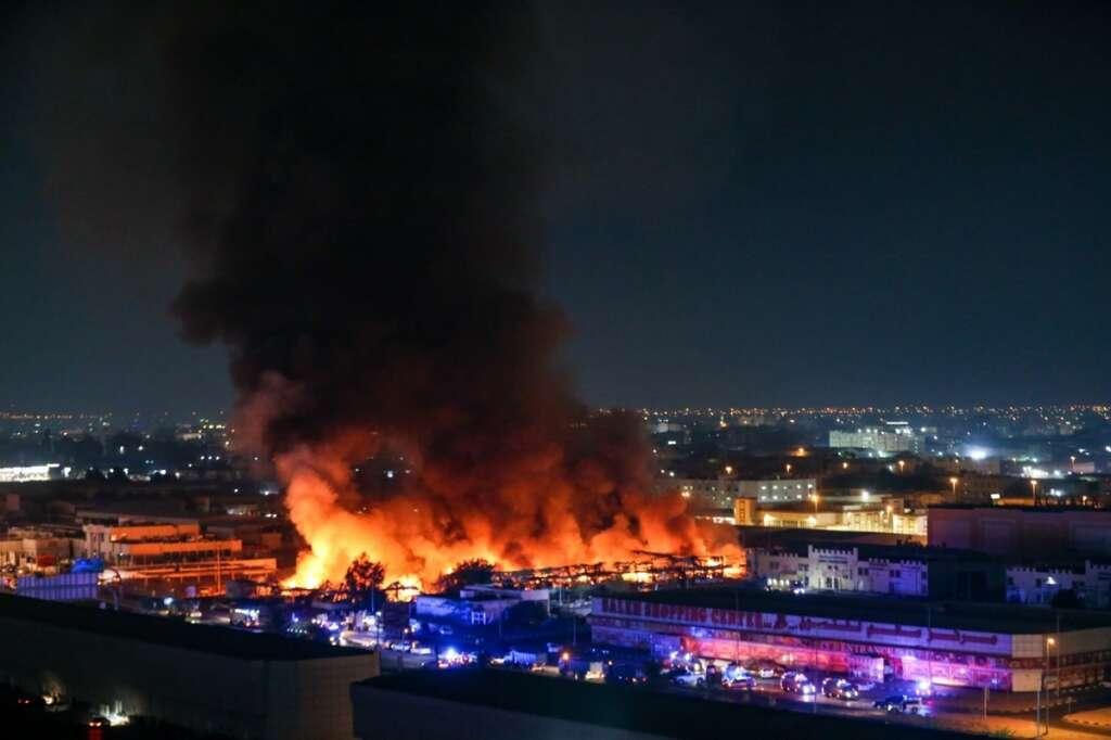 ajman fire, fruits and vegetables, massive fire