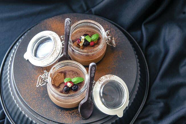 'Chocolate First' Pot