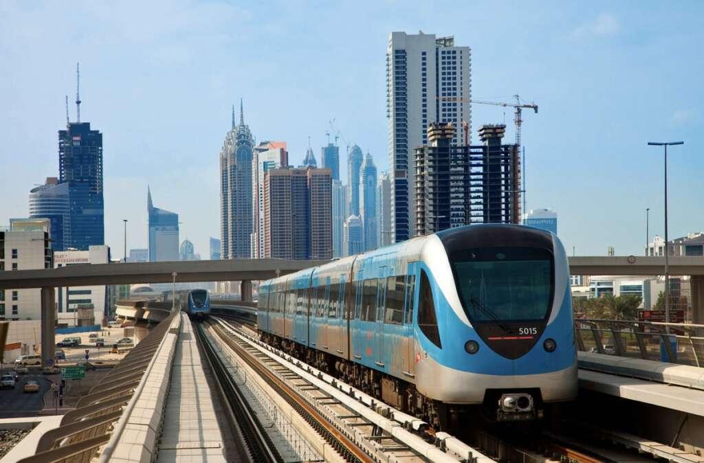Combating, covid19, coronavirus, Dubai Metro, operate, until 12:00am, May 27
