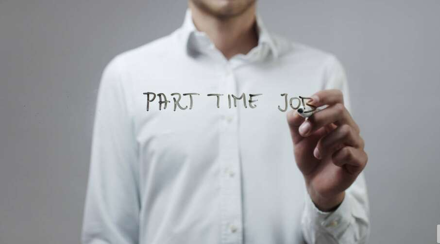 Do you need employer's nod for part-time work in UAE? - News