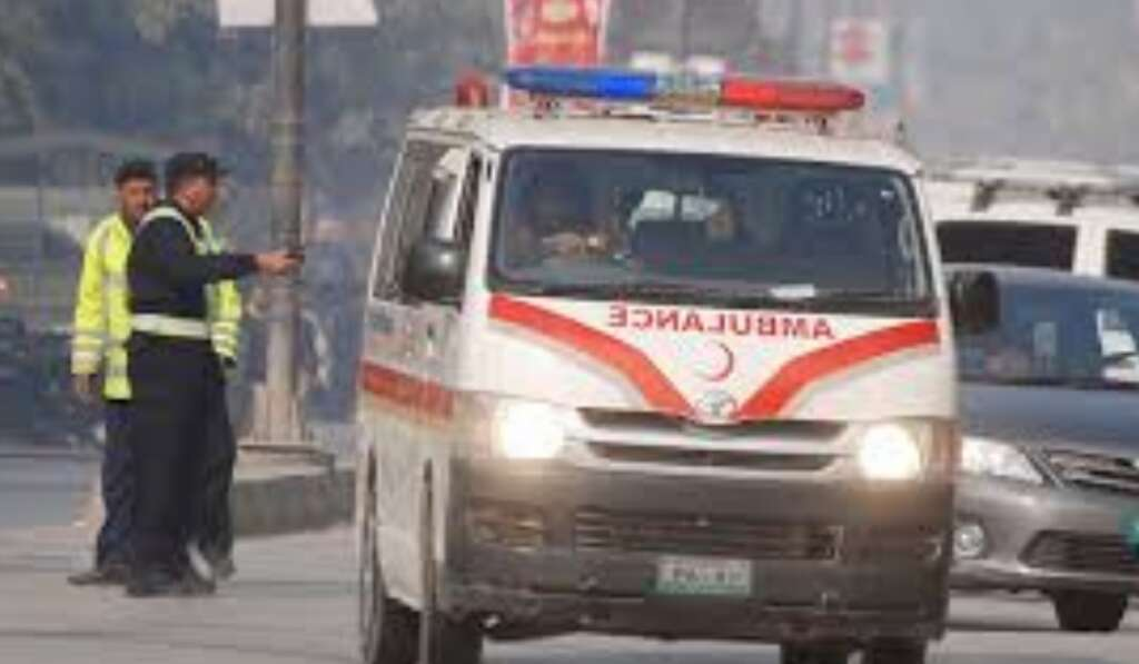 19 killed, many injured as buses collide in Pakistan