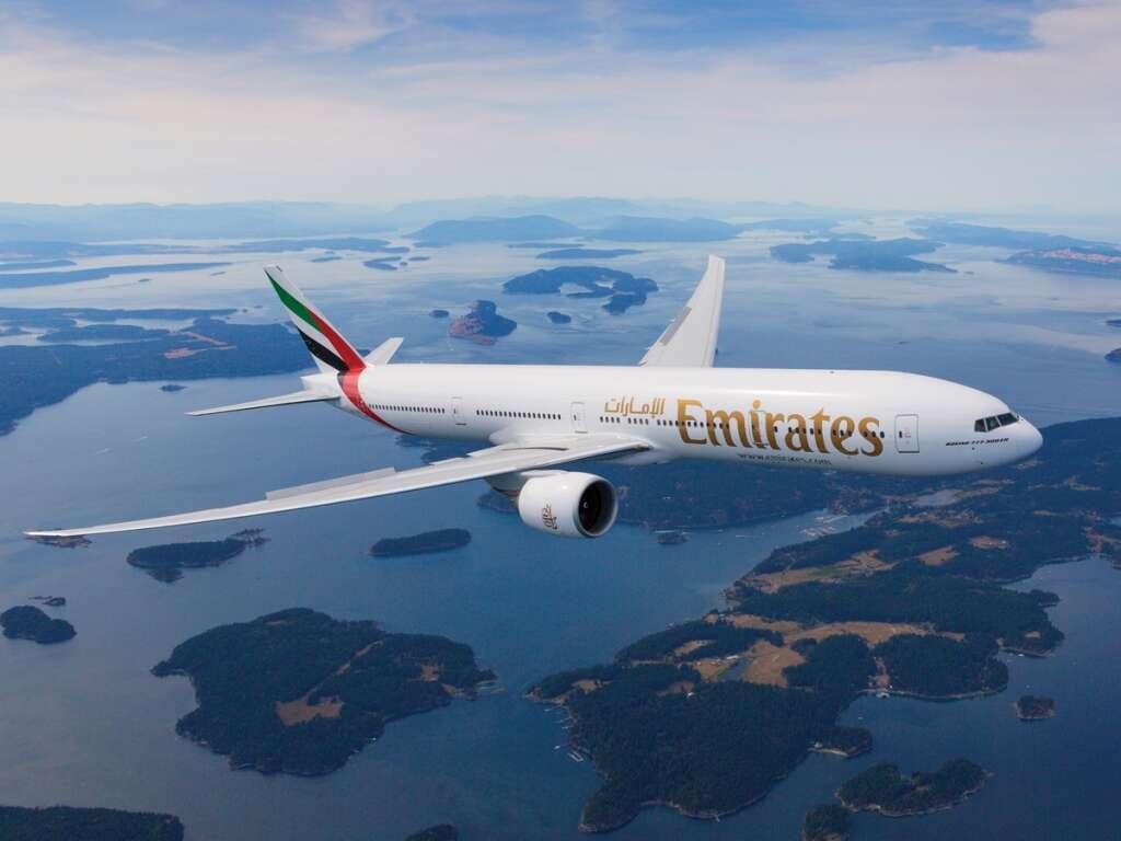 Emirates crew restrain unruly passenger on Dubai-Chicago flight