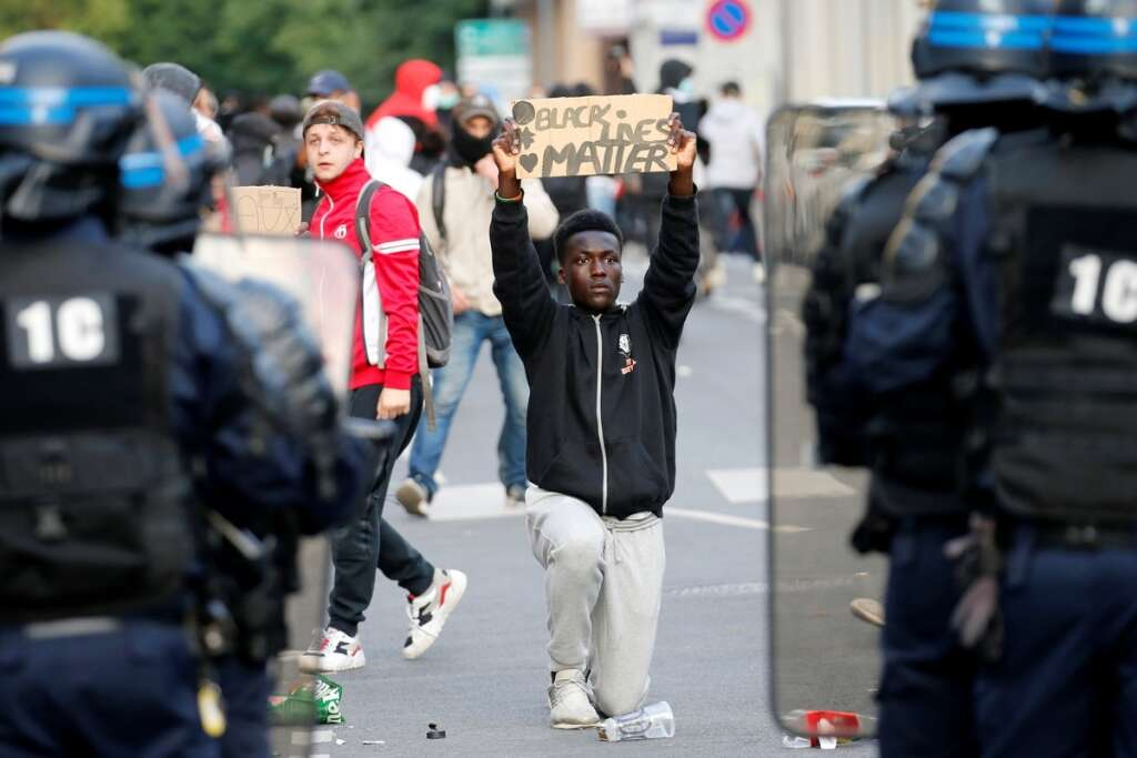 France, police, banned, demonstrations, protests, Eiffel Tower, Paris, George Floyd, death