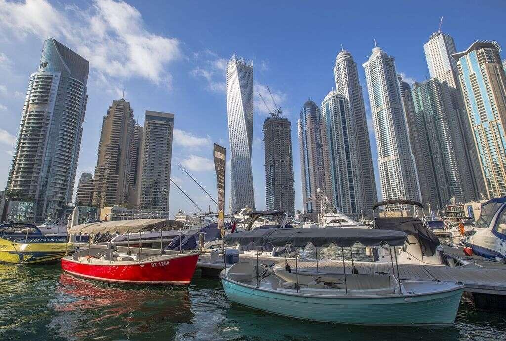 Dubai luxury home sales outperform market