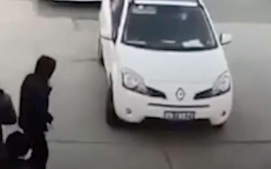 china, man, drives, coronavirus, checkpoint, china, angry