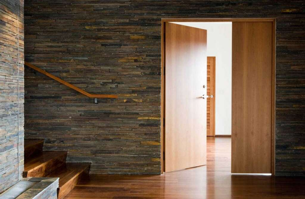 Court reduces fine for woman who damaged husbands house door in UAE