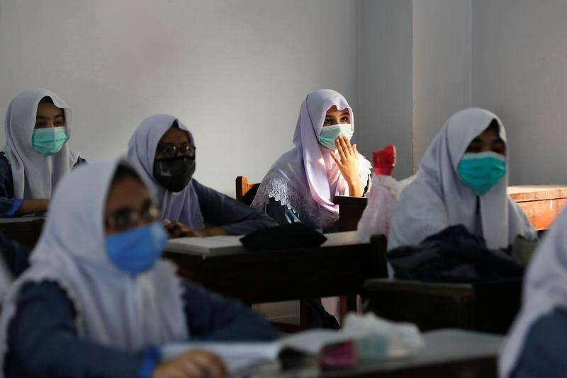 Covid-19: Over 35 Pakistan educational institutions shut for flouting safety rules