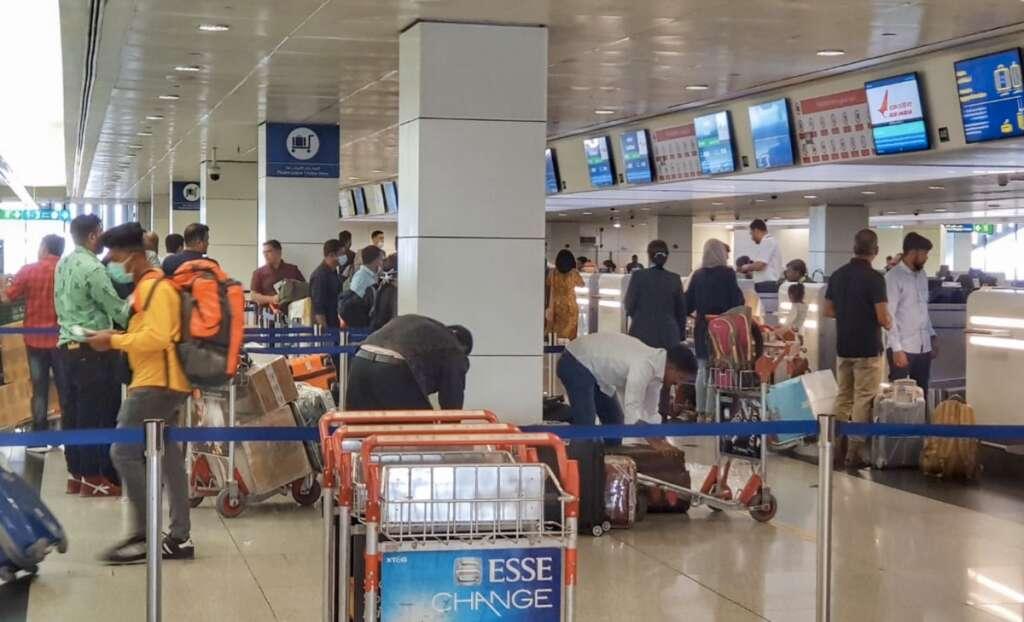 UAE coronavirus , suspends entry of residency visa,  residency visa,Wuhan, Covid-19, health, China,