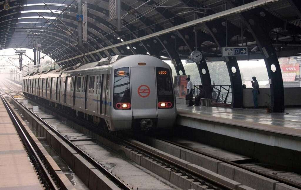 Woman dies after jumping in front of Delhi Metro train