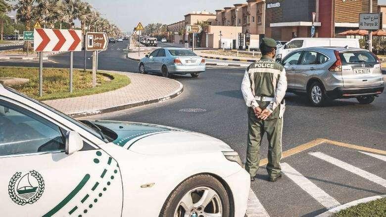 Dubai Police, accident, traffic