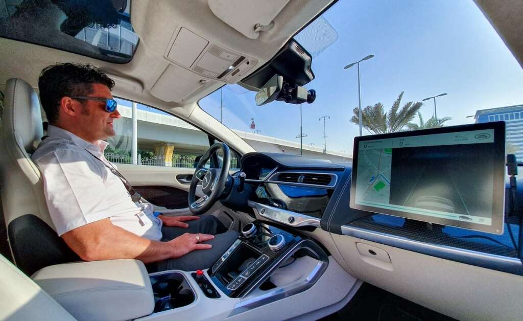 Driverless, UAE roads, Driverless vehicles, autonomous vehicles