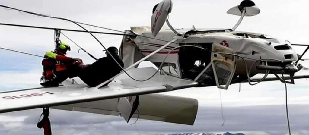 Plane, upside-down, crash, pilot, Italian Alps, dramatic pictures, mountain rescue