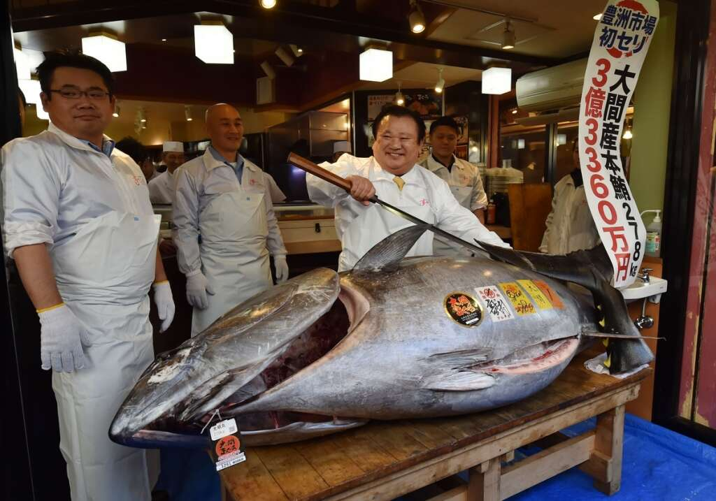 japan sushi tycoon pays record 3 1m for endangered bluefin tuna