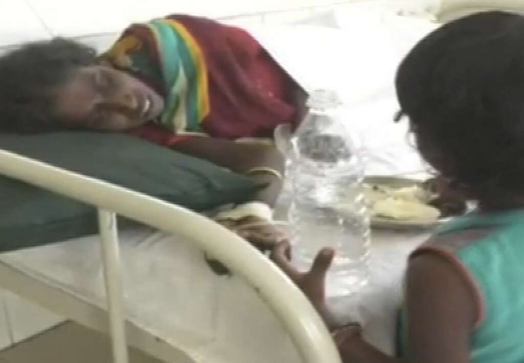 6 Year Old Girl Forced To Beg To Look After Ailing Mother News