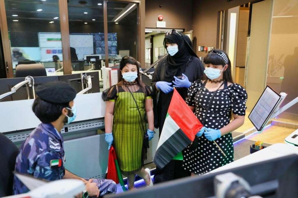 Combating, coronavirus, covid19, Cops, grant, two Emirati girls, wish, Eid