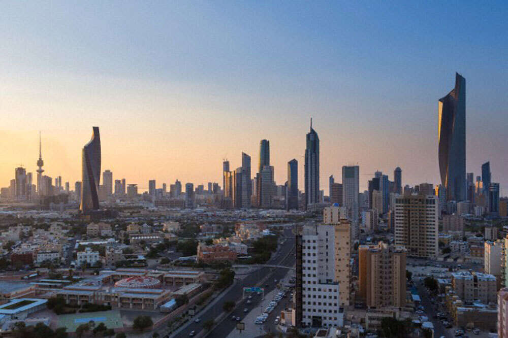 Kuwait approves $10 billion infrastructure projects