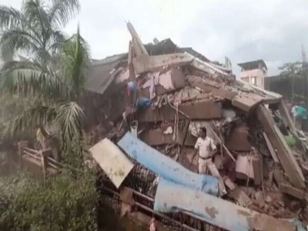 five-storey, building, collapses, mahad, Maharashtra, raigad, 200, featured, trapped