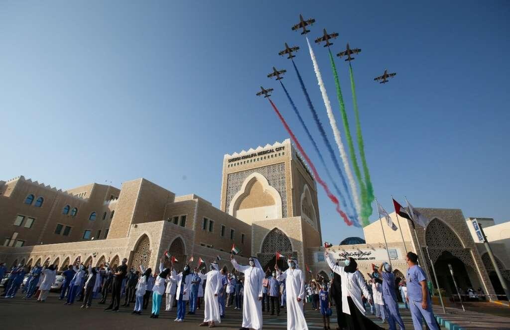 Thanking, Covid-19 heroes, UAE aerobatics team, paints, Abu Dhabi sky, tribute, frontliners