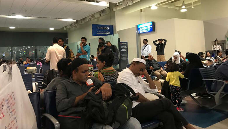 air india express, passengers, stranded in dubai, stranded, 7 hours, dubai, flight, passengers stranded, flight delayed, 12 hours, india, dubai, mangalore, IX814