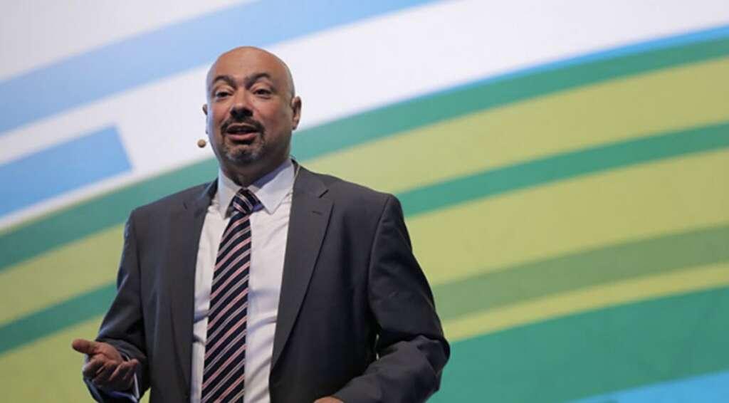 Etisalat, Etisalat CEO Al Abdooli, Hatem Dowidar