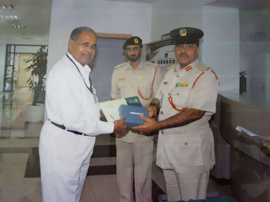 He weaved UAE flags, police uniforms for three decades