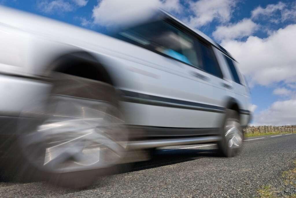 speeding car, 278kmph, sharjah police, speed radar, police patrol