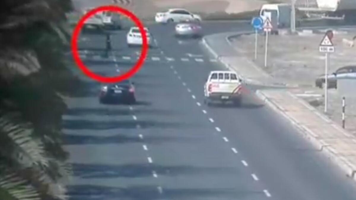 Video: Speeding vehicle hits motorist; Dh500 fine warning issued