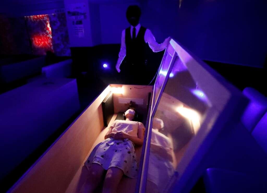 Japan, coffins, stress relief