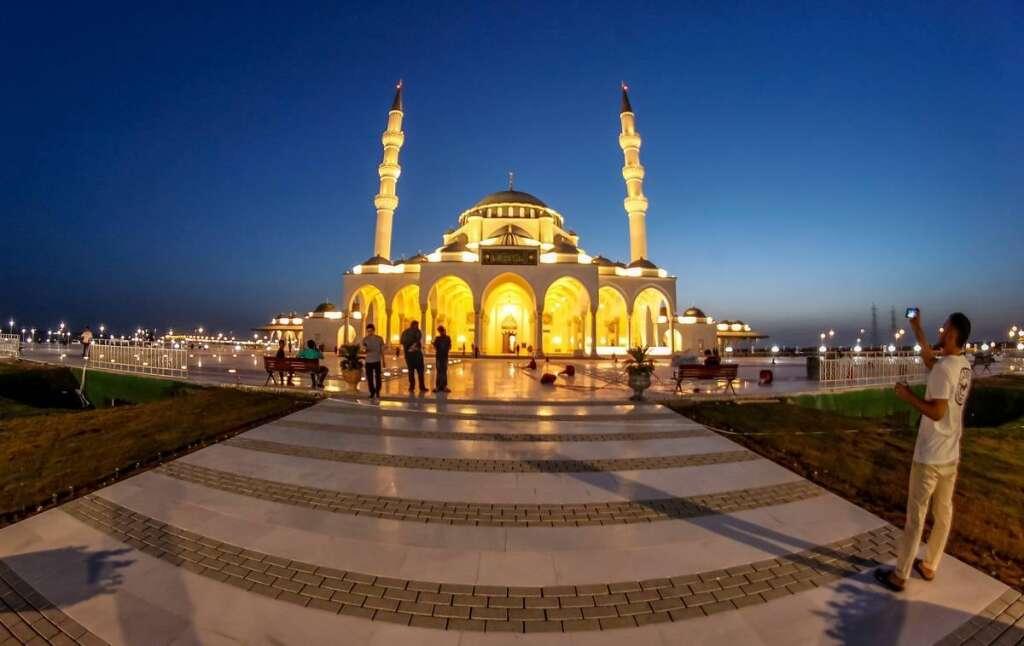prayer, salah, UAE mosques, mosque guidelines, covid-19, coronavirus