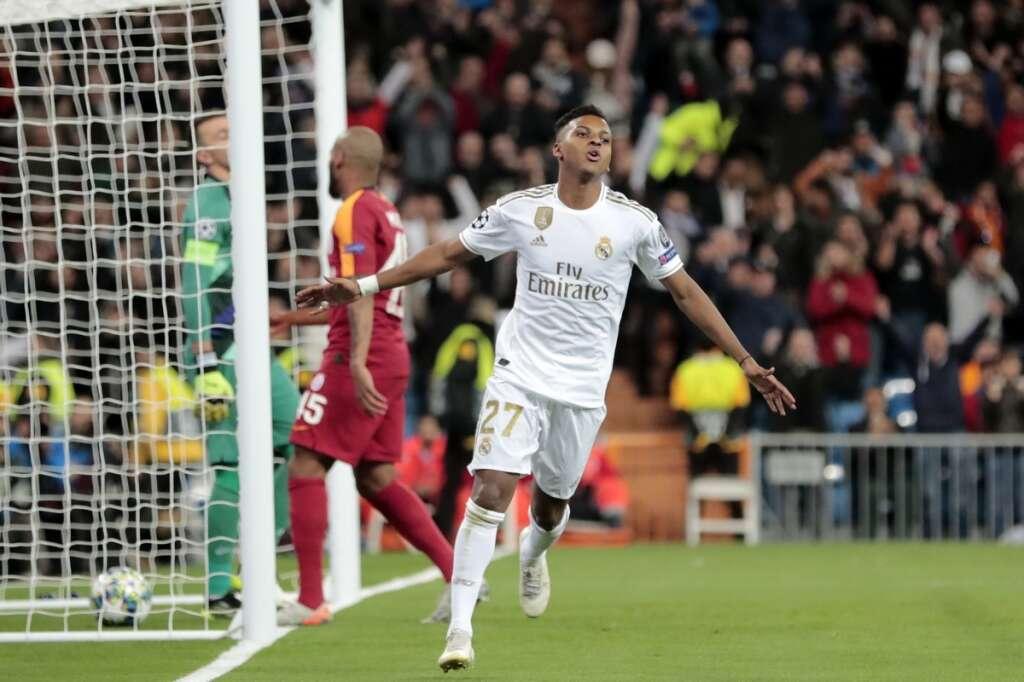 Juventus, Bayern and PSG seal last-16 berths, Man City made to wait