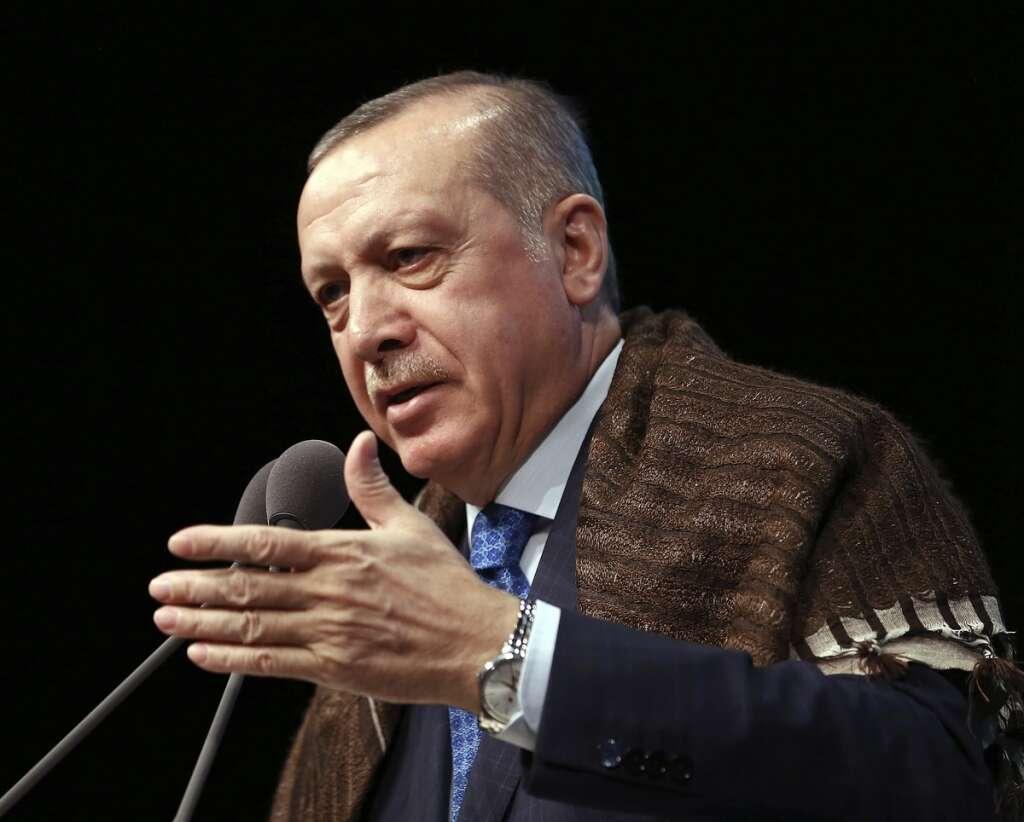 Erdogan threatens US goods boycott