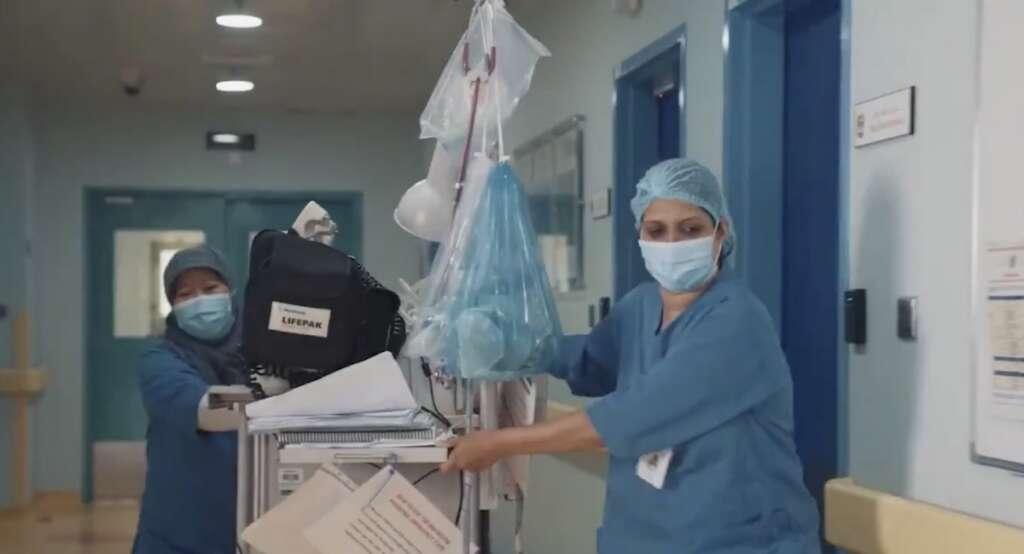 Video, Cops, doctors, beat traffic, UAE, reach hospital, emergencies