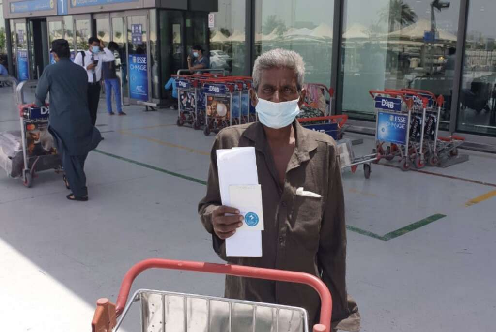 Indian, without, passport, flies home, 16 years, UAE