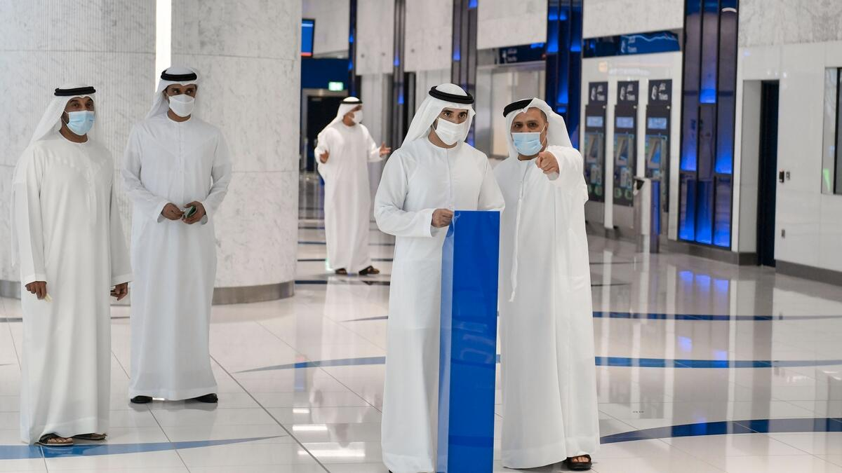 Sheikh Hamdan toured the station, which can serve 13,899 riders per hour during peak times and 250,000 riders per day. The station has two platforms, four Bus laybys, 20 taxi drop off slots and two designated parking slots for people of determination. It also offers eight retail units spanning 315sqm each for commercial investment.